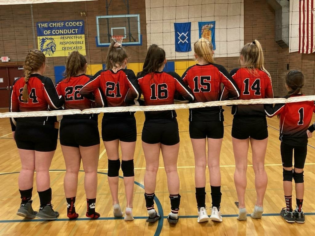 girls-volleyball-team-backs-of-jerseys